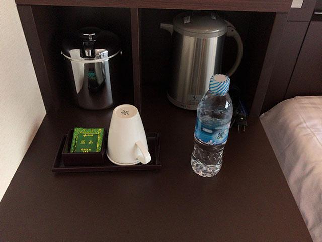 品川東武ホテルの部屋ベッドサイドの画像