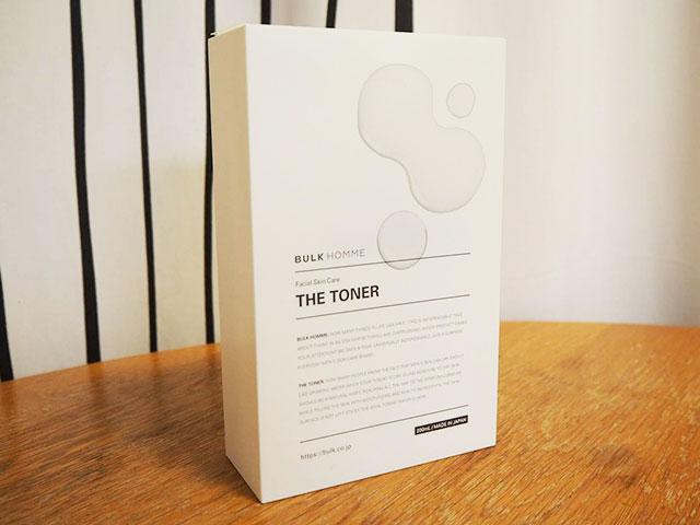 バルクオムの化粧水「THE TONER」のパッケージ画像